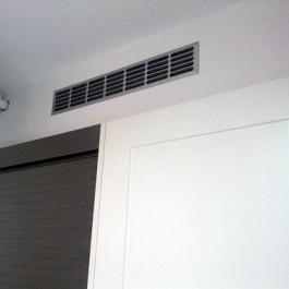 "ventilación caldera • <a style=""font-size:0.8em;"" href=""http://www.flickr.com/photos/69591030@N06/7222746920/"" target=""_blank"">View on Flickr</a>"