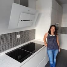 """La cocinera en su nueva cocina • <a style=""""font-size:0.8em;"""" href=""""http://www.flickr.com/photos/69591030@N06/15286871691/"""" target=""""_blank"""">View on Flickr</a>"""