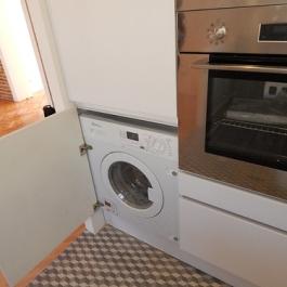 "lavadora integrada en columna • <a style=""font-size:0.8em;"" href=""http://www.flickr.com/photos/69591030@N06/28205011653/"" target=""_blank"">View on Flickr</a>"
