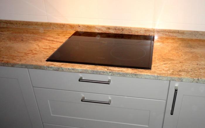 Instalar correctamente la vitro de for Cocina induccion con horno