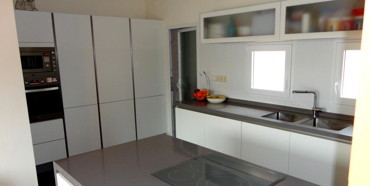 muebles de cocina en laca mate tacto sedoso