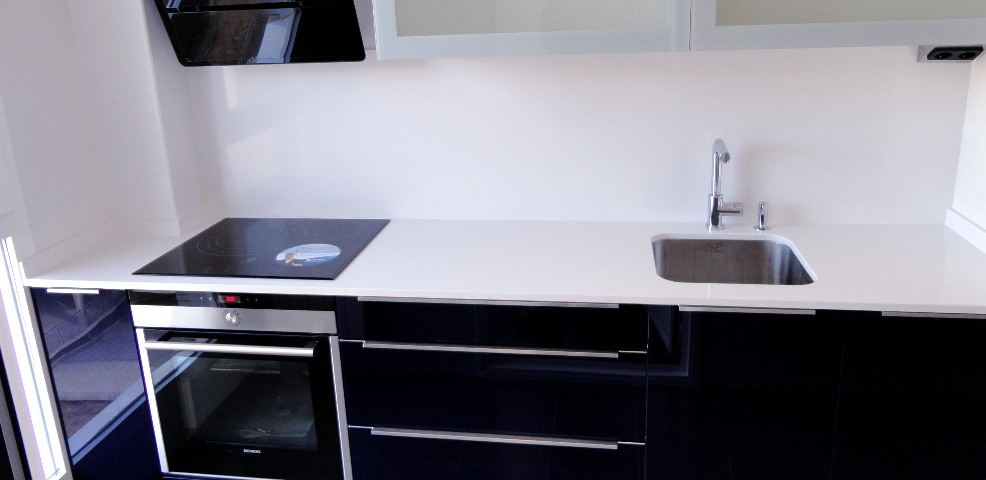 Muebles de cocina en cristal de dise o - Cocinas de cristal ...