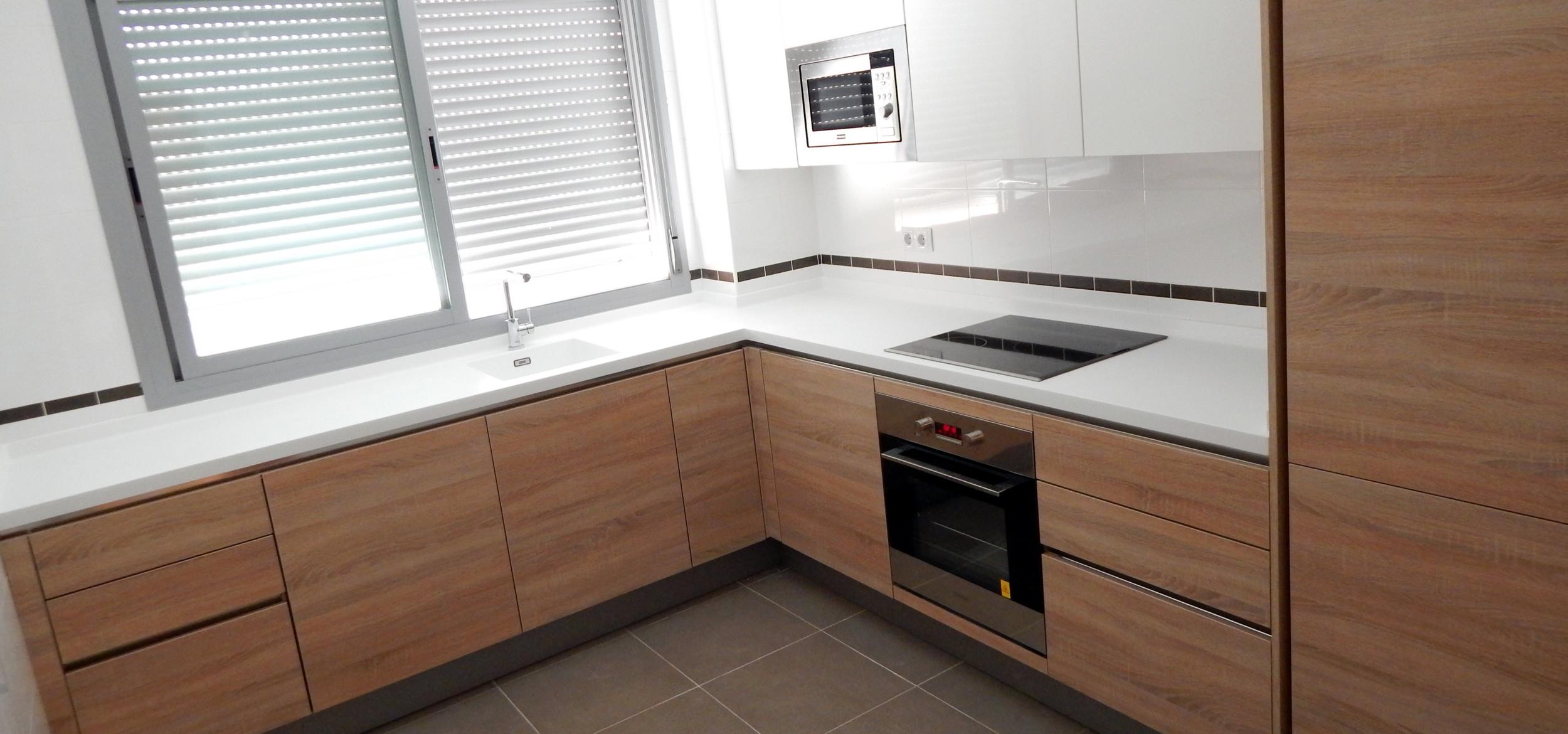 Muebles de cocina sin tiradores for Diseno muebles para cocina