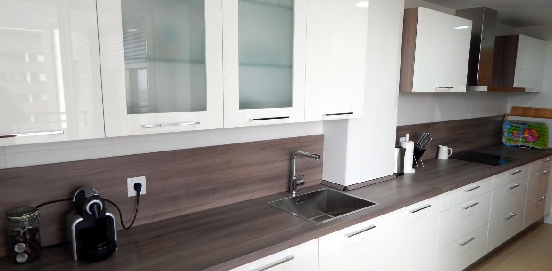 Muebles de cocina modelo lasser en blanco - Azulejos cocina blanco brillo ...