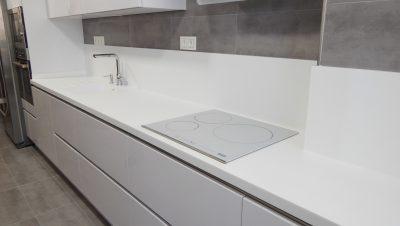 muebles de cocina en blanco