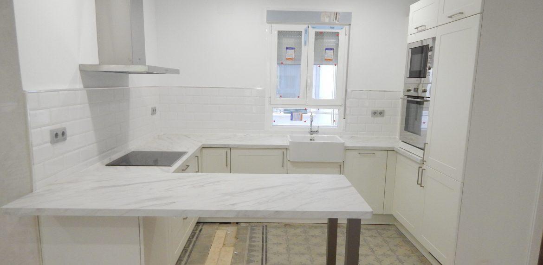 mueble de cocina estilo clasico